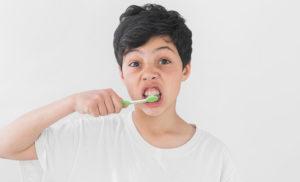 Washing-teeth